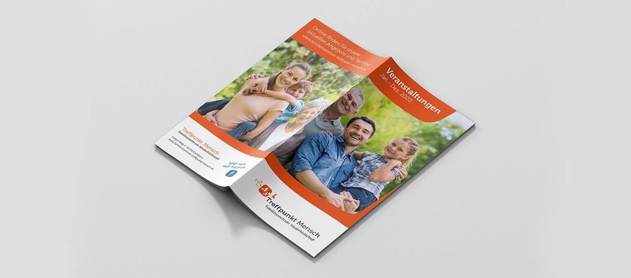 Klare Linien    Portfolio    Familienzentrum Niederhöchstadt    Programmheft